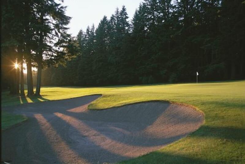university-golf-club.jpg
