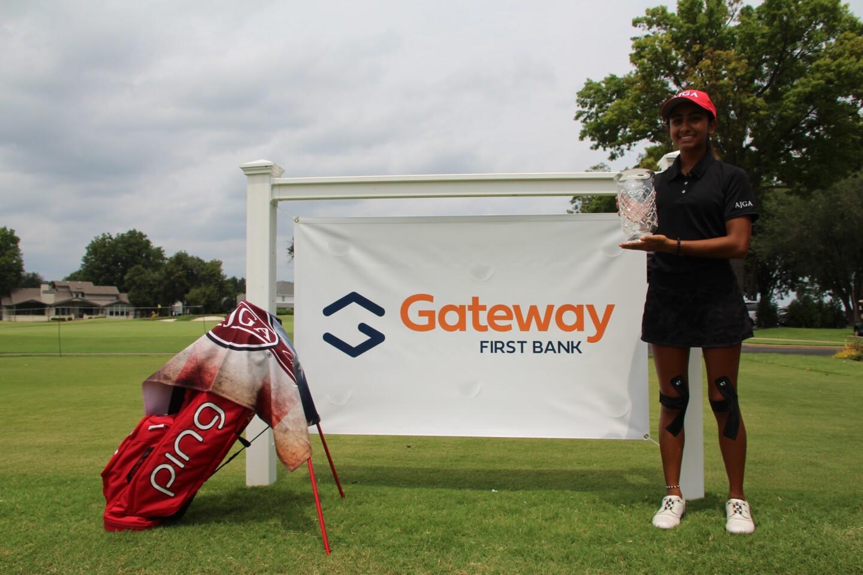Symran Shah banner & bag Gateway First Bank Tulsa Junior Hosted By Bo Van Pelt.JPG