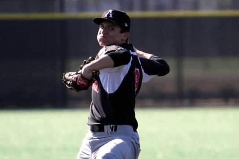Grayson Harbin baseball.jpg