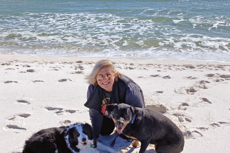 Roseanna dogs beach 2020 Christmas.jpg