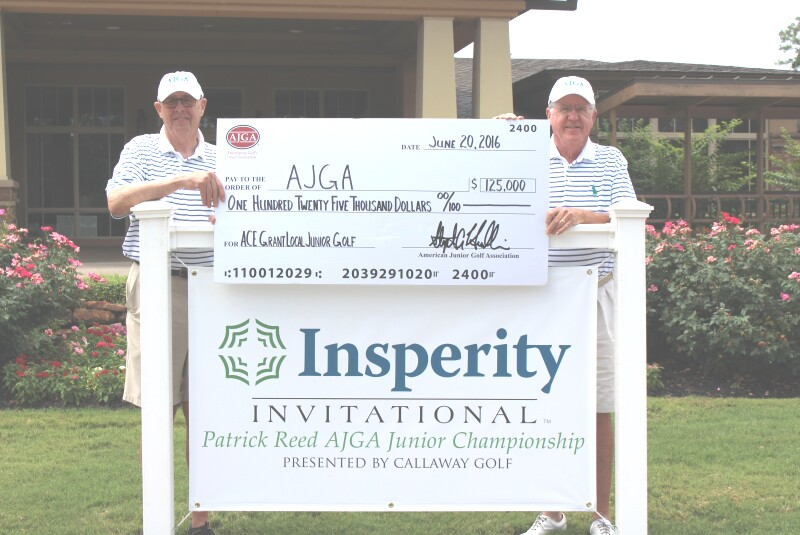 Bob Edwards and Bob Lewis Posed With Check (1).JPG