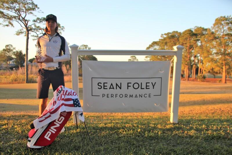 Filip Jakubcik w banner w bag ajga hat  - Sean Foley Performance Junior Championship - 2021.JPG