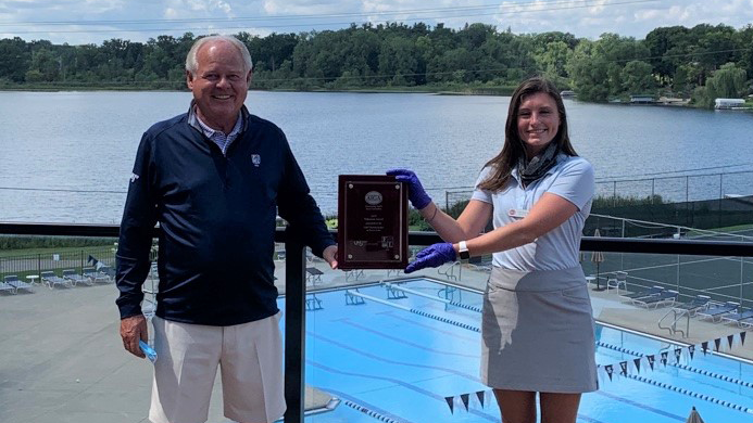 Darci Bevan and Rich Lynch with 2020 Volunteer Award - 2020 - UHY Detroit Junior at Forest Lake.png