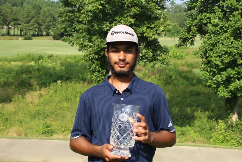 Anmol Jhangra with Trophy-2020-12 Oaks Jr.JPG