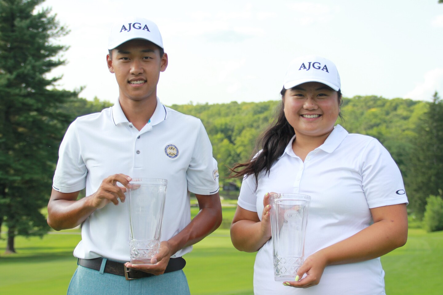 William Huang, Katherine Sung Champions Photo without Sign- 2019 -UHY Albany Junior.JPG