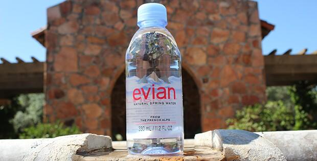 9983-evian-sponsors-unsigned-seniors-event.jpg